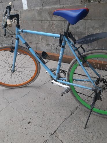 Спорт и хобби - Милянфан: Продаю велосипед!нужно поменять заднюю покрышку а остольное все