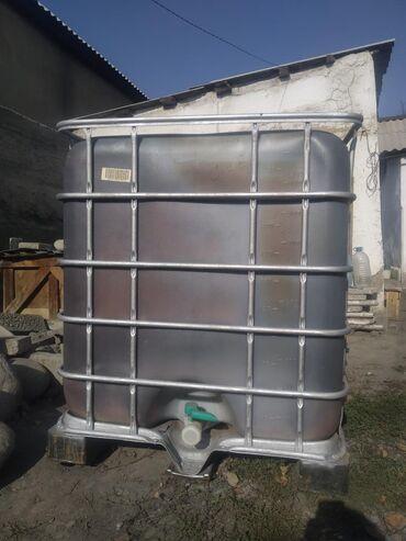 заливка фундамента цена бишкек в Кыргызстан: Бочка 1000 литров состояние хорошее всё работает крышка есть воду