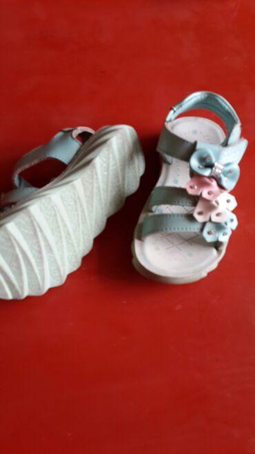 детские ажурные кеды для девочки в Азербайджан: Басоножки для девочки размер 23-24 салатовнго цвета в отличном