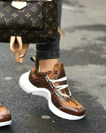 LOUIS VUITTON  36 DO 40