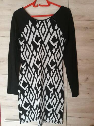 Duga haljina - Srbija: Haljina sa dugim rukavima Velicina univerzalna