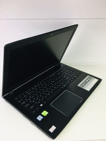 ACER -E5,,575G Intel(R) Core(TM) i5-7200 CPU @2.50GHz,. SSD