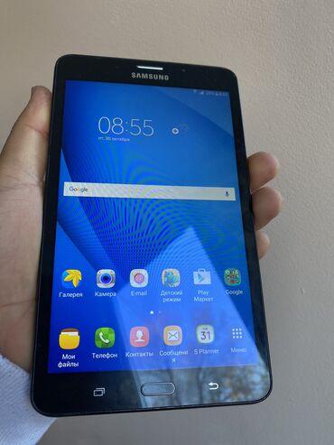 Продаю планшет  Самсунг Galaxy Tab A  Память 8 гб Можно поставить флэш