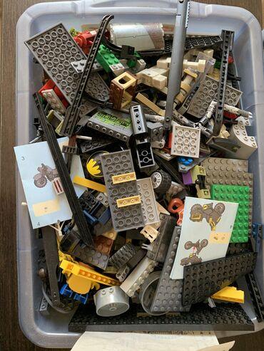 гантели наборные пластиковые в Кыргызстан: Продаю много наборов Лего. Все наборы перемешанные в одной пластиковой