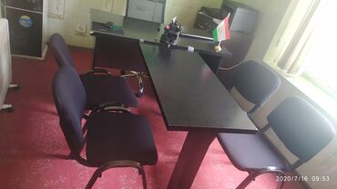 Офисная мебель в Душанбе: 1-Т-стол 4-стул, 1-кресло хамаш дар якчояги 1000 сомон