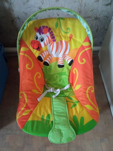 Детский мир - Маевка: Продаю шезлонг, практически не пользовались, состояние идеальное