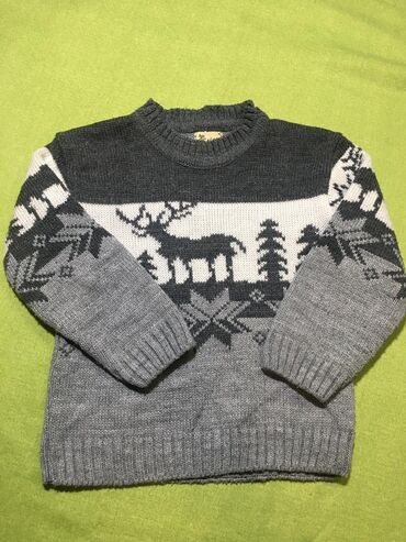 ������������ 2 �������� ������������ в Кыргызстан: Свитера футболки на 2-3г .Много детских вещей пакетами всё фирма