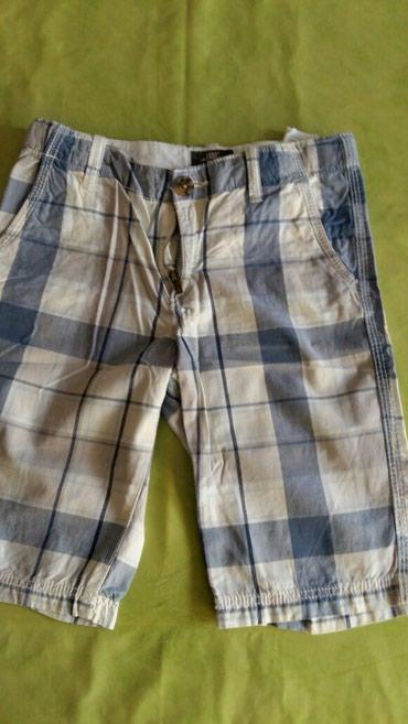 Kratke pantalone za decake od 7-8god.Očuvane,kupljene u Parizu - Petrovac na Mlavi