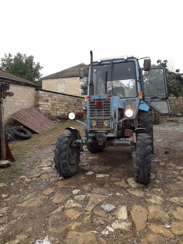 Yük və kənd təsərrüfatı nəqliyyatı - Sabir: Traktor tekde satla biler Traktor saz veziyyetdedi 3 korpus 14 lik