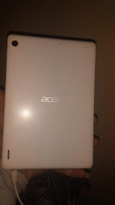 Göyçay şəhərində Acer iconen marksli planwet ekrani sinib