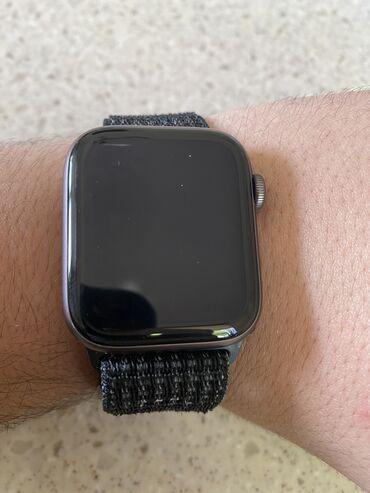 Boz Uniseks Qol saatları Apple