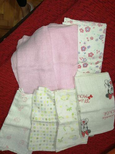 Za decu | Nis: Tetra pelene dobro ocuvane,sa aplikacijama i u boji. Ima ih 7 kom, sve