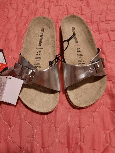Nove papuce  Odgovaraju i za 38