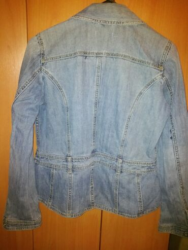 Teksas zenska jakna vel.40 blago strukirana