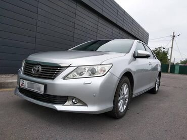 Toyota Camry 2.5 л. 2012   0 км