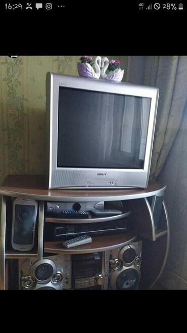 Tek televizor altını 120 AZN-ə alınıb. Televizor ustada olmayıb. Super