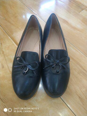 Туфли - Бишкек: Подростковые туфли, в хорошем состоянии. 36 р. и вторая 37р