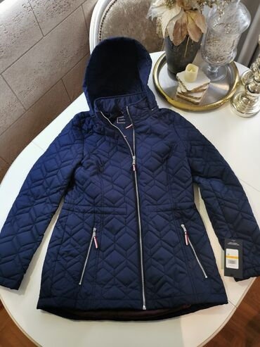 Ski jakne - Srbija: Tommy Hilfiger zenska jakna sa kapuljacom NOVO Tommy Hilfiger zenska