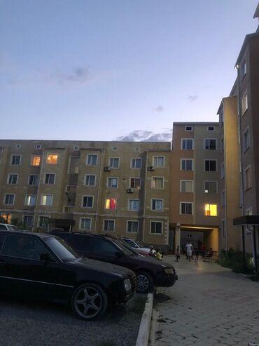 прием бу мебели бишкек в Кыргызстан: Индивидуалка, 1 комната, 35 кв. м С мебелью, Парковка, Не затапливалась