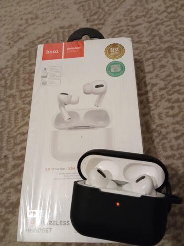 ear pods в Кыргызстан: Продаю Air Pods Pro оригинал возможно торг. Только писать на звонки не