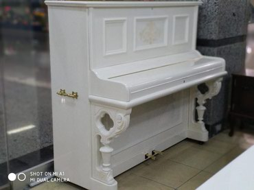 Bakı şəhərində Antik piano satılır. Pulsuz çatdırılma, köklenme, 5 il zemanet.