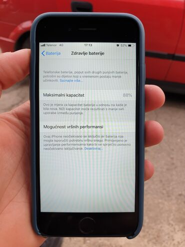Elektronika - Lebane: Polovni iPhone 6 64 GB Silver