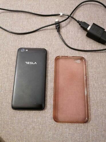 Na prodaju mobilni telefon Tesla Smartphone. Telefon je očuvan i u dob