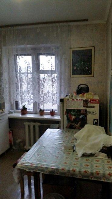 Срочно!! 2к.кв. Советская/Л.Толстого, индив, 3этаж из 4, балкон, 43м2 в Бишкек
