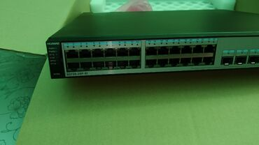 серверы 13 в Кыргызстан: Коммутатор Huawei s5720-28 p-si-as Bundle (24 ethernet