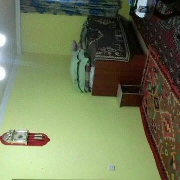 Bakı şəhərində Xirdalanin kruqunda Hundai servisin arxasinda  4 otaq orta temirli  2
