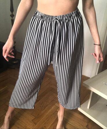 Letnje pantalone - Srbija: Tricetvrt letnje pantalone. Neguzvaju se. Vel:univerzalna. Cena:500