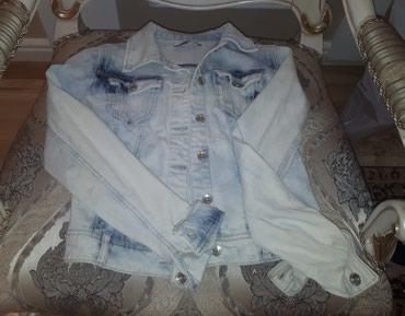 Продаю джинсовую куртку в хорошем состоянии в Бишкек