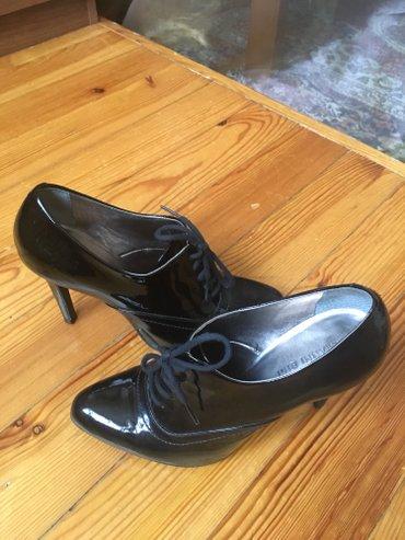 Продаю лаковые туфли американского в Бишкек