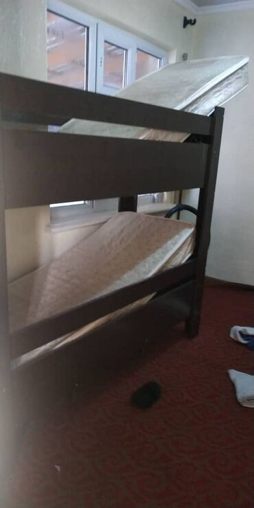 Эки этаж уй - Кыргызстан: Этаж кровать сатылат эки матрасы мн