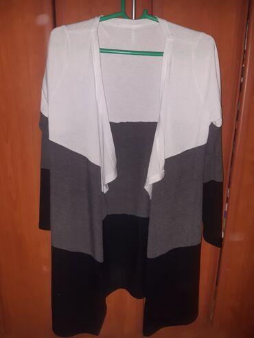 Ženska džemperi - Srbija: Zenski dzempercic,tanak i jako prijatan model je uzi nego na