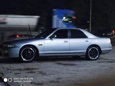 Nissan Skyline 2 л. 1997 | 170000 км