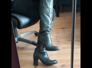 Ženske, kožne, italijanske čizme broj 39, zelene boje. Obuvene samo - Belgrade