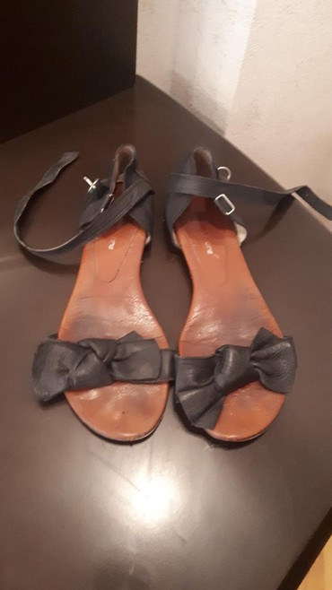 Xırdalan şəhərində Satılır İzabella markasının tebii koja basanojkaları.Ölçü 40