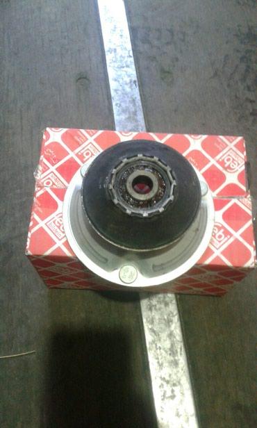 Апора амортизатора на Bmw e 60 не китай цена 1400сом в Бишкек