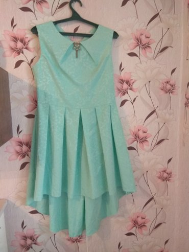 Бирюзовое милое платье . в Бишкек