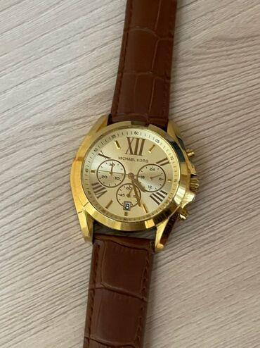купить золотые часы в бишкеке in Кыргызстан   АВТОЗАПЧАСТИ: Продаю мужские часы Michael Kors. Состояние почти новое. Механизм