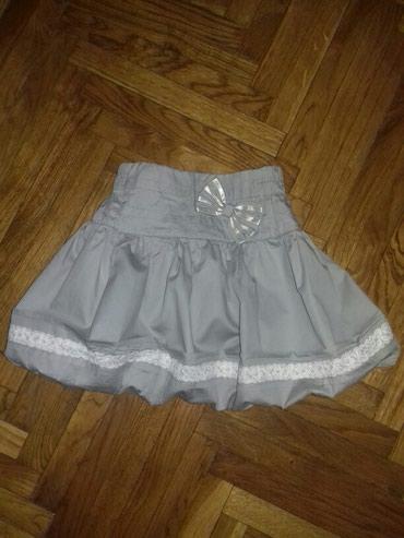 Haljina-postavljena - Srbija: Nova Azzuro suknja, velicina 4. Suknjica je kao balon, postavljena