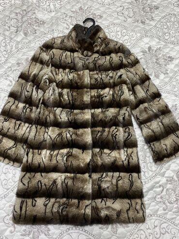Шубы - Кыргызстан: Продаю норковую шубу и пальто. Шуба 44размера 20000 Пальто 36 размера