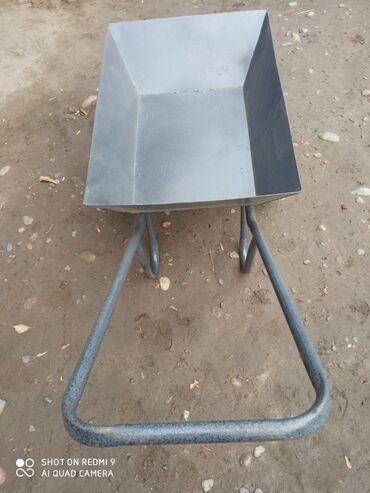 детская коляска с большими колесами в Кыргызстан: Продам хорошую тачку крепкую, колеса с подшипниками