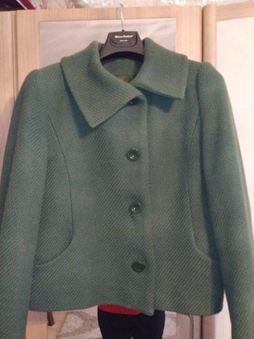 Драповый пиджак темно зелёного цвета размер 46 цена 500 в Бишкек