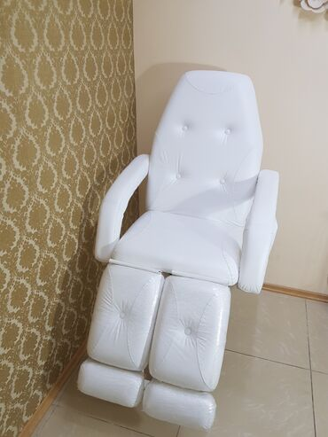 заказать дрон в Кыргызстан: Педикюрное кресло-кушетка,заказывали из России,состояние как новое,пол