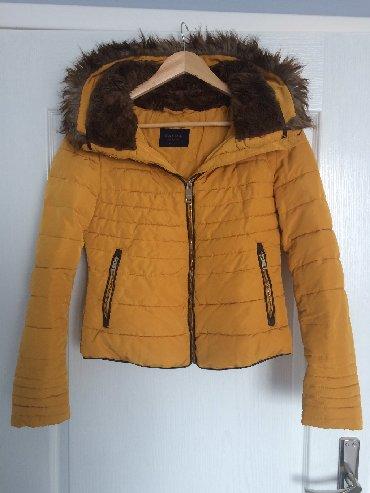 Zara-kaput - Srbija: ZARA jakna, M veličina sa krznom. Može imati i kapuljaču kada se