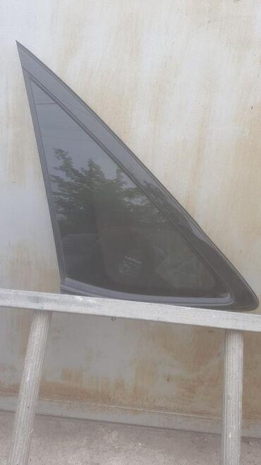 Левая задняя форточка на Lexus RX 330-350. Новая