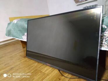 Электроника - Ала-Тоо: Продаётся телевизор SHIVAKI LED TV ANDROID  со всем комплектом! В идеа