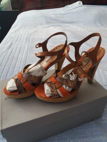 Italijanske sandale 40,jednom nosene(vidi se na njima)placene - Petrovac na Mlavi